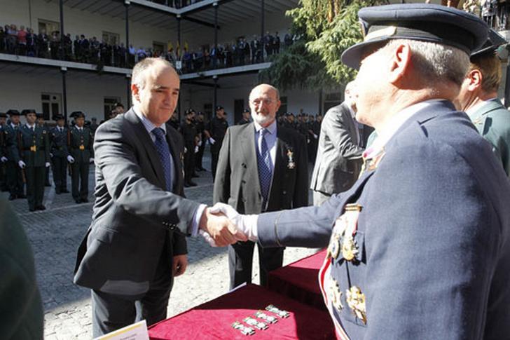 Entrega de la Cruz del Mérito de la Guardia Civil a Securitas Direct